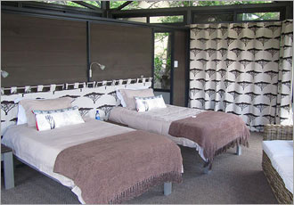 Luxury accommodation in wild Africa - Greenfire Lodge